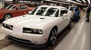 Dodge-Challenger-production-1024x566